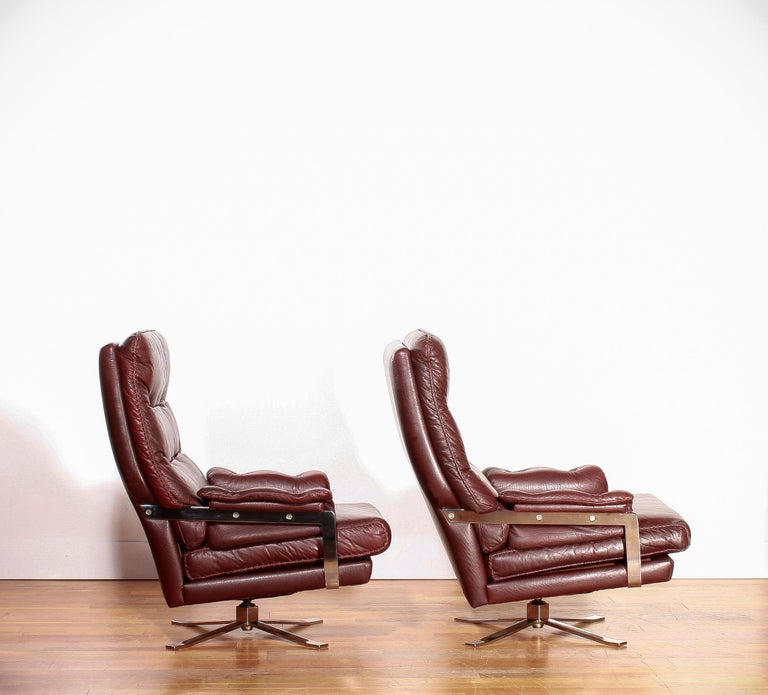 1960s, Chrome and Leather Swivel Lounge Chairs and Ottoman by Arne Norell For Sale 1