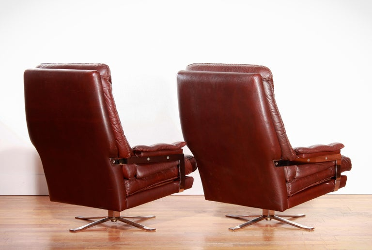 1960s, Chrome and Leather Swivel Lounge Chairs and Ottoman by Arne Norell For Sale 5