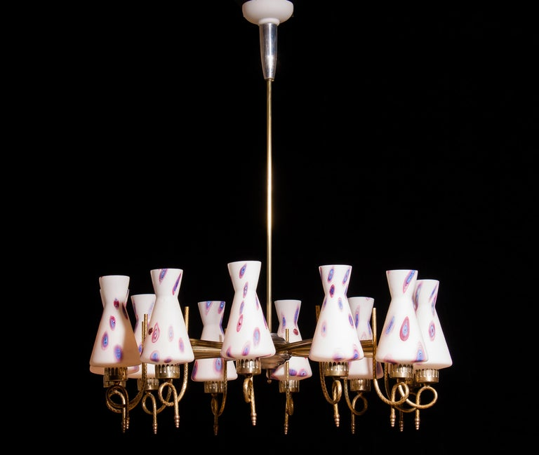 1940s Beautiful Large Brass and Multicolored Murano Venini Glass Chandelier For Sale 1