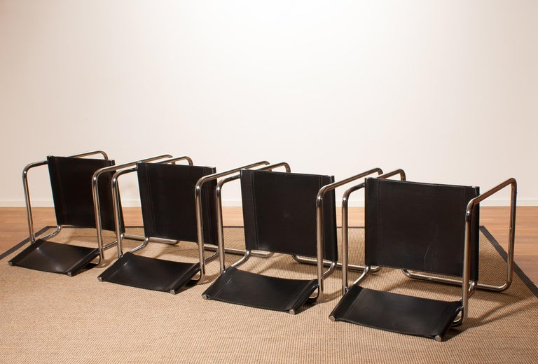 Tubular Steel Chrome and Sturdy Black Leather Dining Chairs by Matteo Grassi For Sale 3