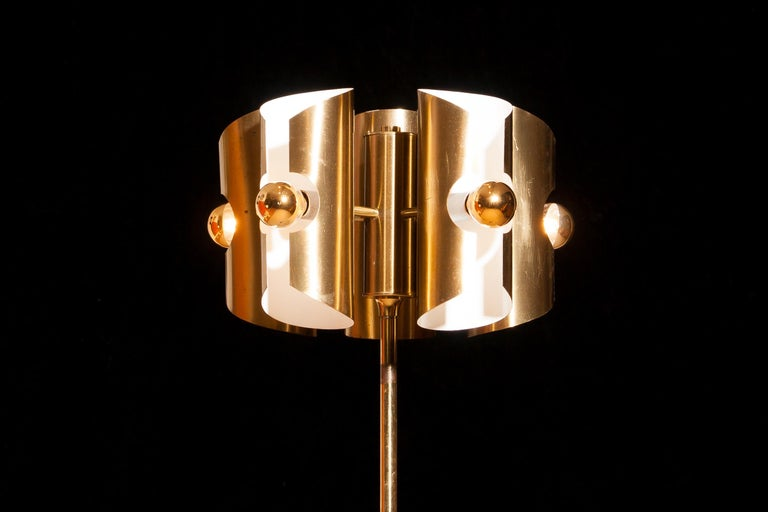 Metal 1960 Lovely Italian Brass Floor Lamp with Five Brushed Brass Shades For Sale