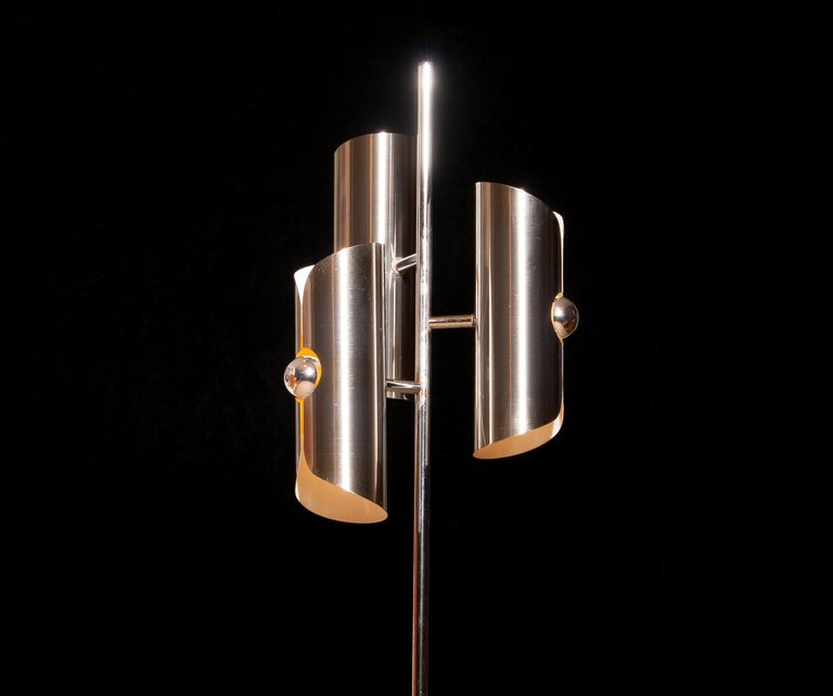 1970, Chrome and Steel Floor Lamp, Italy In Good Condition For Sale In Silvolde, Gelderland
