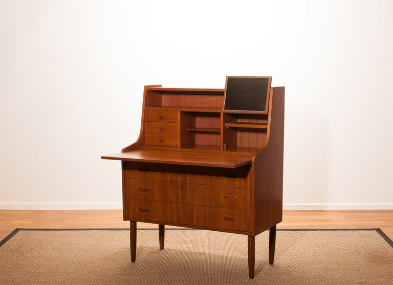 1950s, Teak Secretaire or Dressing Table in Style of Peter Hvind For Sale 3