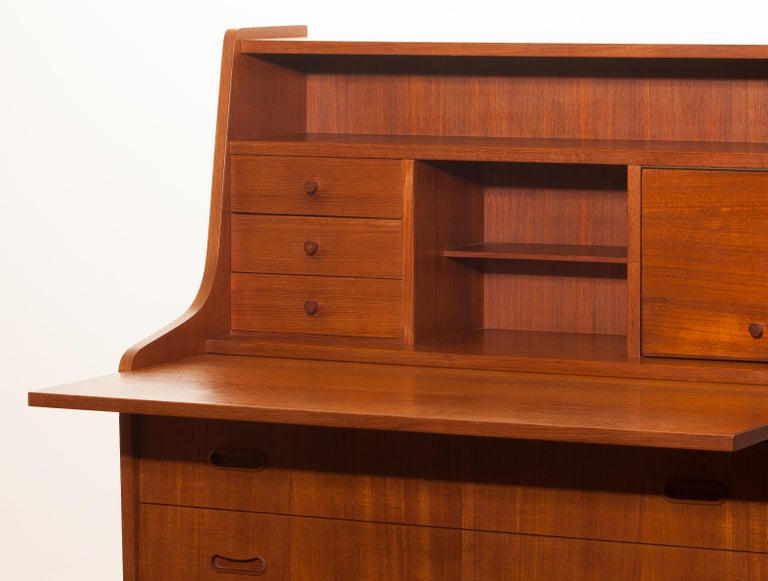 1950s, Teak Secretaire or Dressing Table in Style of Peter Hvind For Sale 4