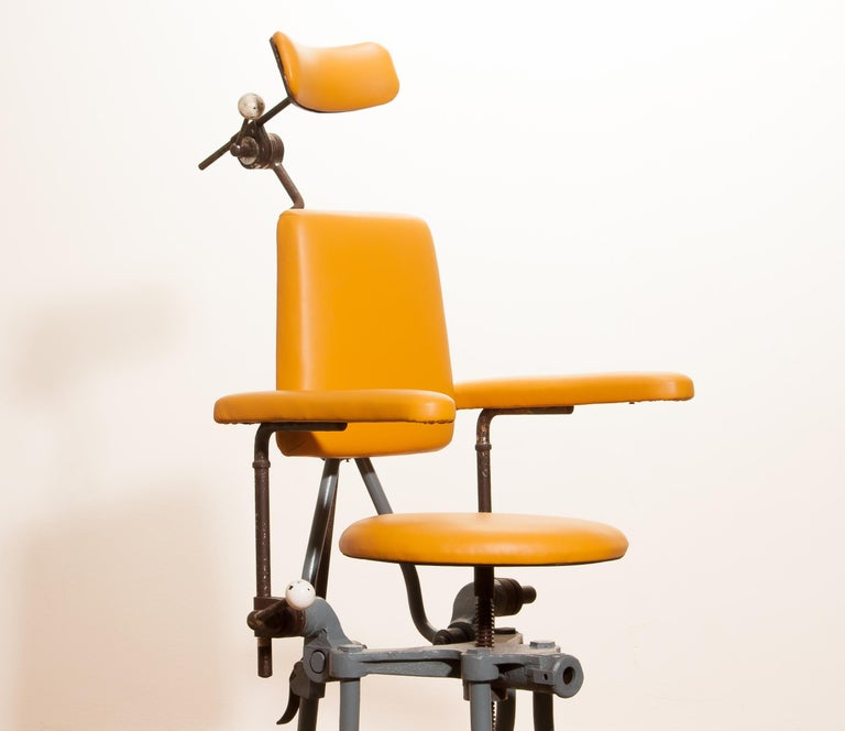 1930s, Steel Medical or Dentist Chair For Sale 4