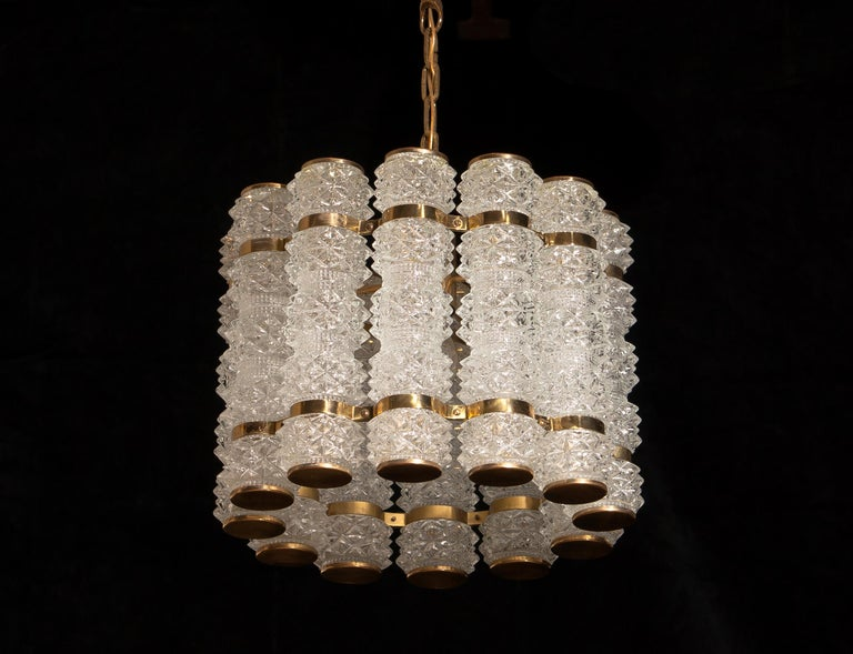 1960s, Brass and Crystal Cylinder Chandelier by Tyringe for Orrefors, Sweden For Sale 1