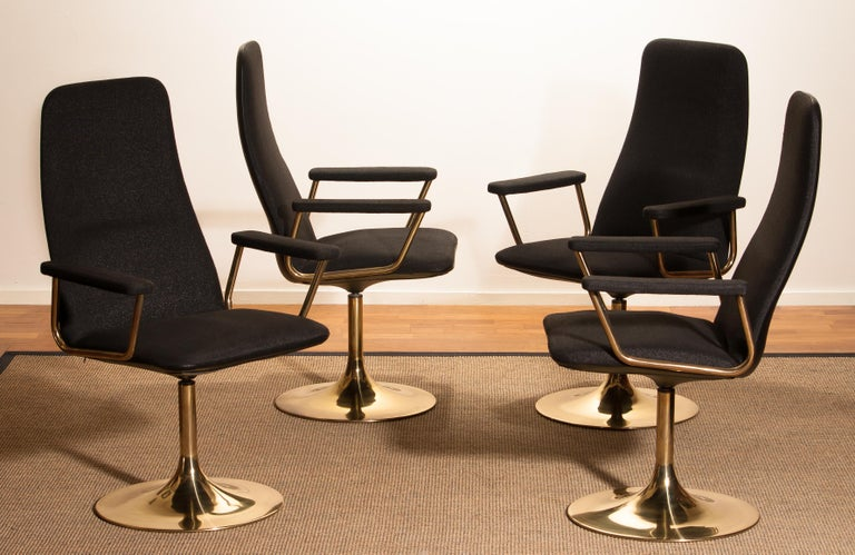 Four Golden, with Black Fabric, Armrest Swivel Chairs by Johanson Design, 1970 In Good Condition For Sale In Silvolde, Gelderland