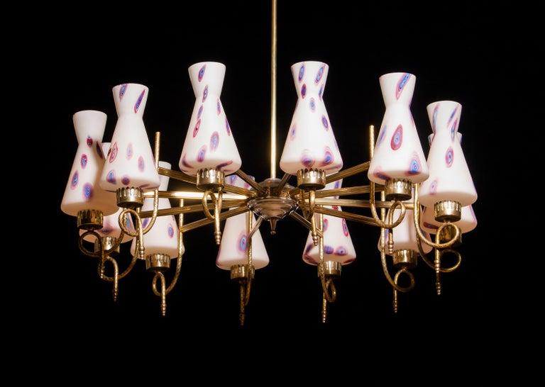 1940s Beautiful Large Brass and Multicolored Murano Venini Glass Chandelier 4