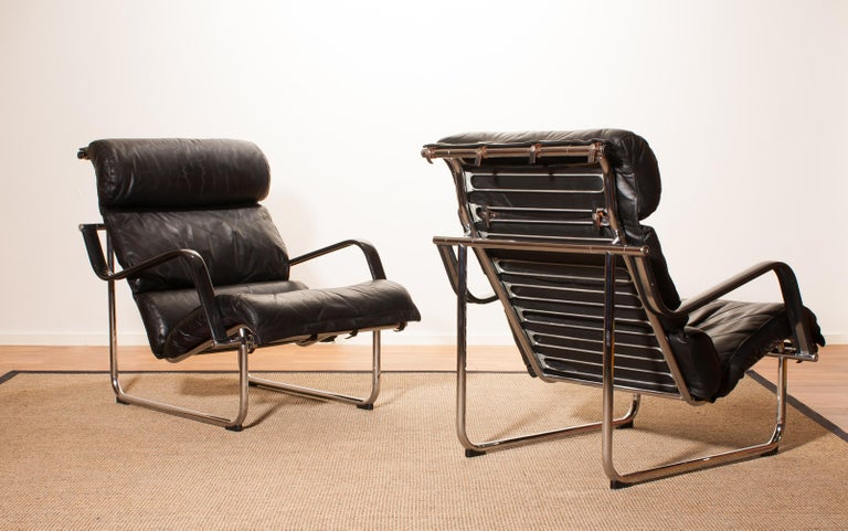 Finnish 1970s, Set of Two Black Leather 'Remmie' Lounge Chairs, Yrjö Kukkapuro, Finland For Sale