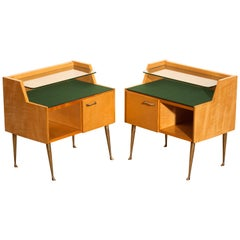 1950s, Italian Set of Two Nightstands in Maple with Brass Legs by Paolo Buffa