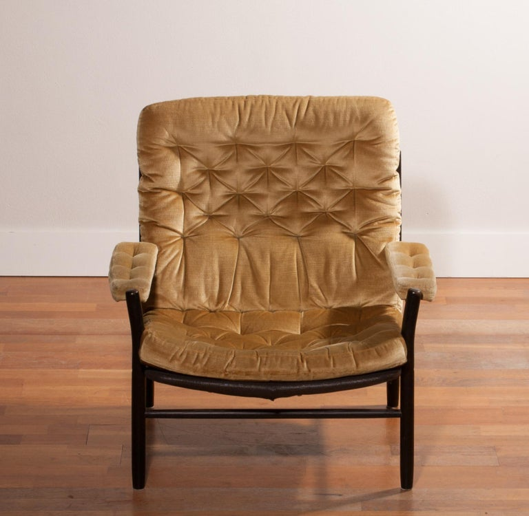 1970s, Gold Velours Lounge Chair by Kenneth Bergenblad for DUX, Sweden For Sale 1