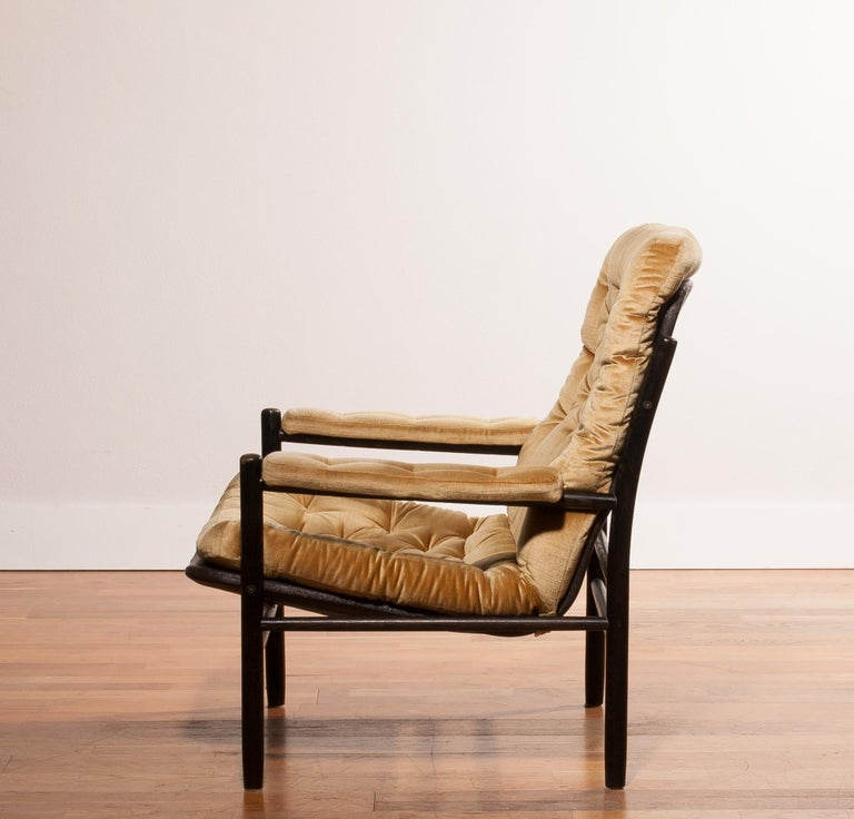 1970s, Gold Velours Lounge Chair by Kenneth Bergenblad for DUX, Sweden For Sale 3