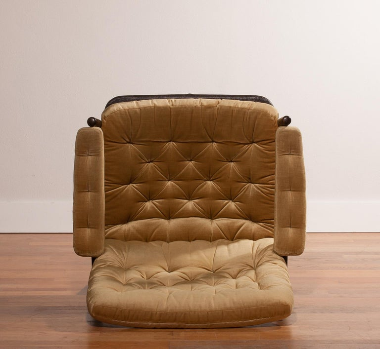 1970s, Gold Velours Lounge Chair by Kenneth Bergenblad for DUX, Sweden For Sale 5