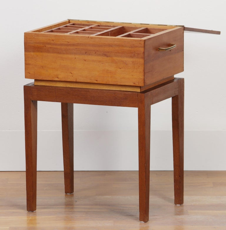 1950s Teak and Pine Sewing Side Table In Good Condition For Sale In Silvolde, Gelderland
