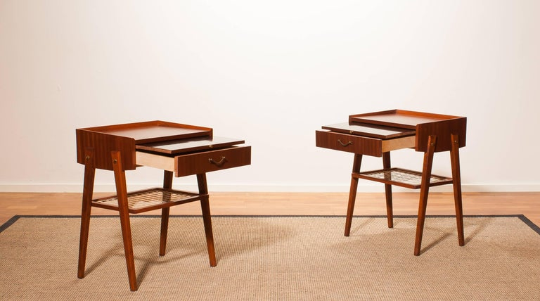 1960s Pair of Teak and Brass Bedside Tables In Excellent Condition For Sale In Silvolde, Gelderland