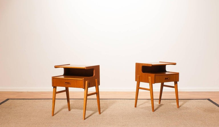A pair of two lovely bedside tables in beautiful 'C' shape.