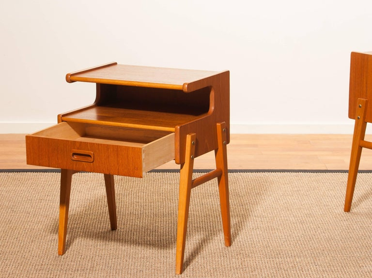 Mid-20th Century 1960s Pair of Teak 'Model C' Bedside Tables For Sale