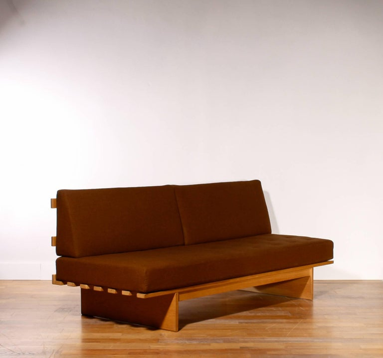 1960s Oak and Wool Daybed by DUX In Excellent Condition For Sale In Silvolde, NL