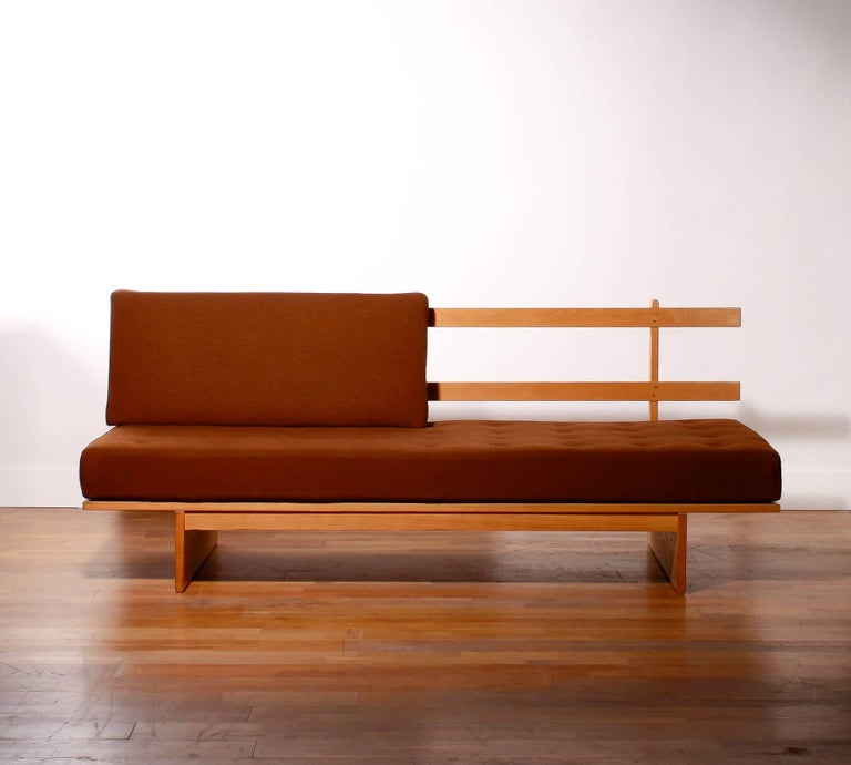 1960s Oak and Wool Daybed by DUX For Sale 3