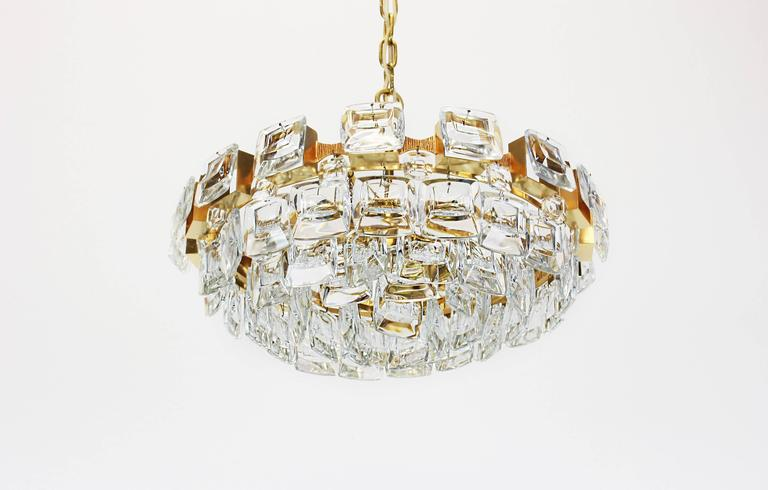 Mid-Century Modern Large Gilt Brass and Crystal Glass Chandelier by Palwa, Germany, 1960s For Sale