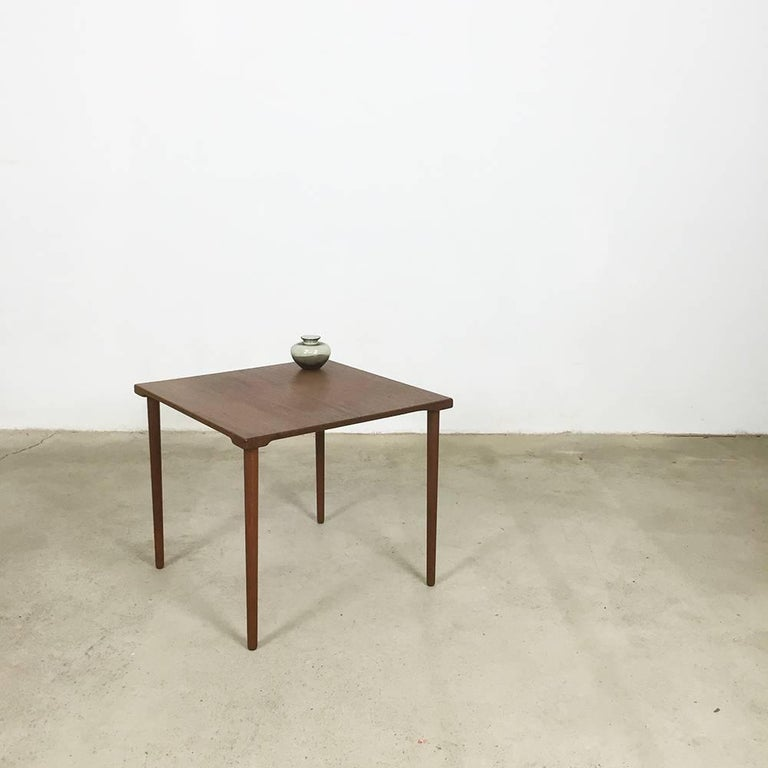 Teak side table.  Designed by Peter Hvidt & Orla Mølgaard.  Produced by France and Son and France & Daverkosen,  1960s.  This original teak side table was made by France & Daverkosen in Denmark during the 1960s. The table has a wonderful
