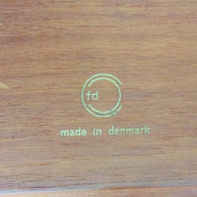 1960s Teak Side Table by Peter Hvidt & Orla Molgaard for France & Son Daverkosen For Sale 2