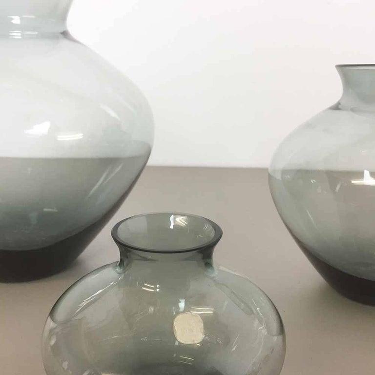 Vintage 1960er Jahre Set von Drei Herz Vasen Turmalingrün von Wilhelm Wagenfeld für WMF 2