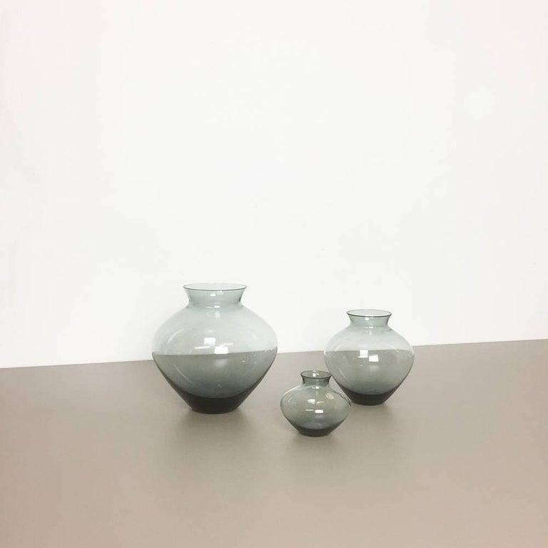 Vintage 1960er Jahre Set von Drei Herz Vasen Turmalingrün von Wilhelm Wagenfeld für WMF 6