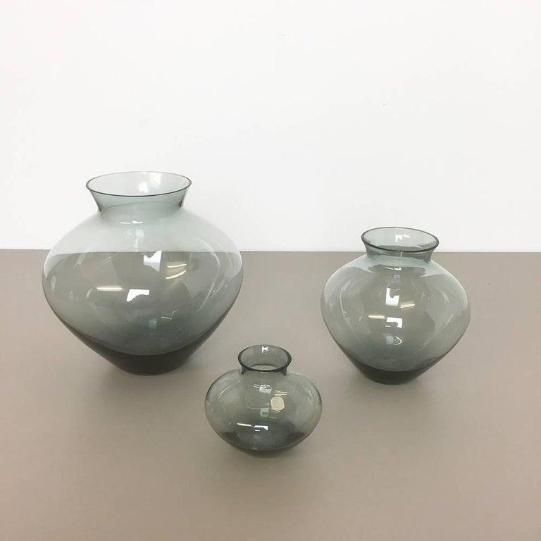 Vintage 1960er Jahre Set von Drei Herz Vasen Turmalingrün von Wilhelm Wagenfeld für WMF 7