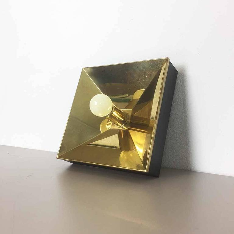 Wall Lights Made In Germany : Set of Five Modernist 1970s Brass Cubic Wall Lights Sconces Made in Germany at 1stdibs
