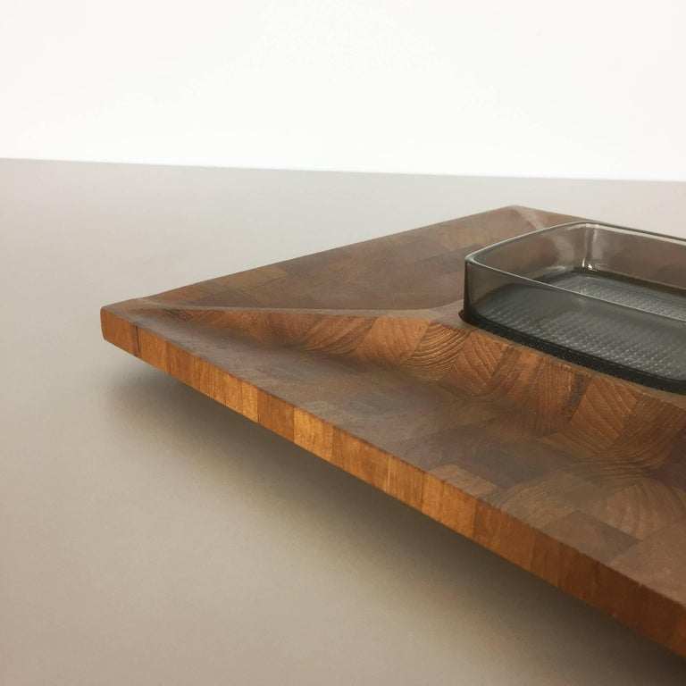 Danish Shell Bowl In Solid Teak Wood By Digsmed Made In