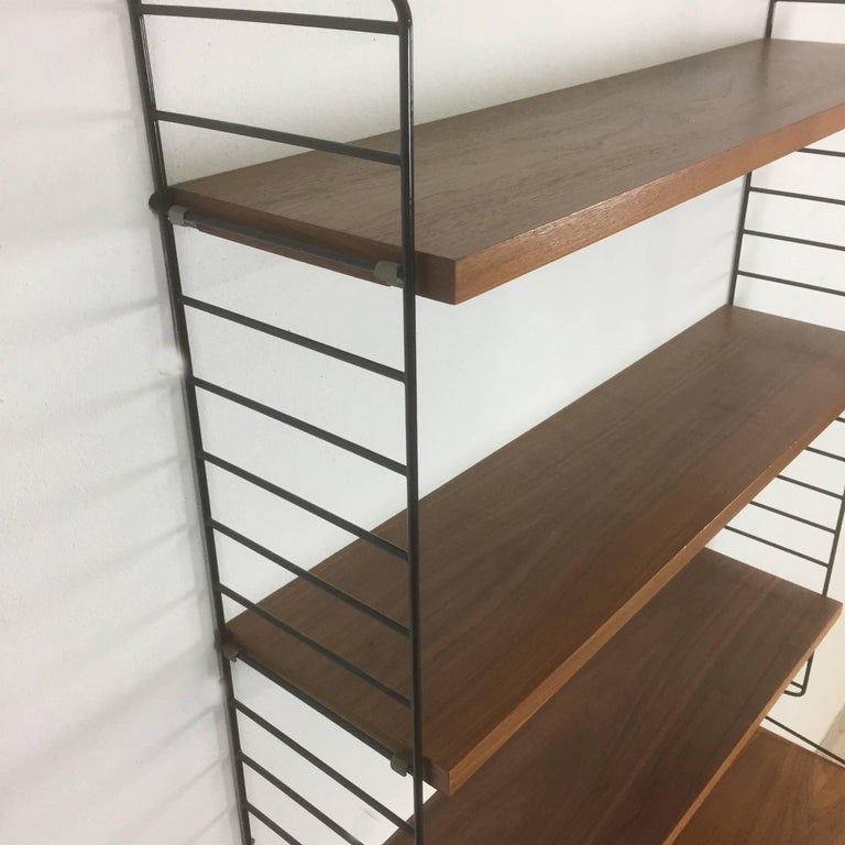 Swedish Walnut Wall Unit by Nisse Strinning for String Design AB Sweden, 1960s In Good Condition For Sale In Kirchlengern, DE