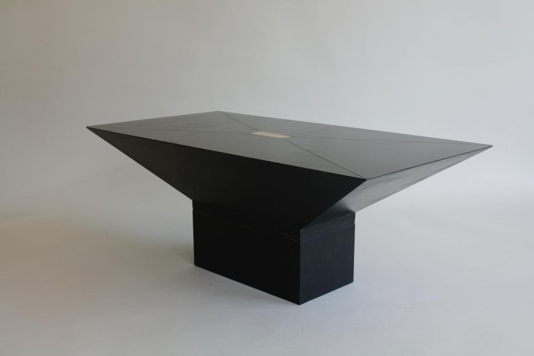 Mid-Century Modern 1970s or 1980s Black and Brass Rectangular Coffee Table For Sale
