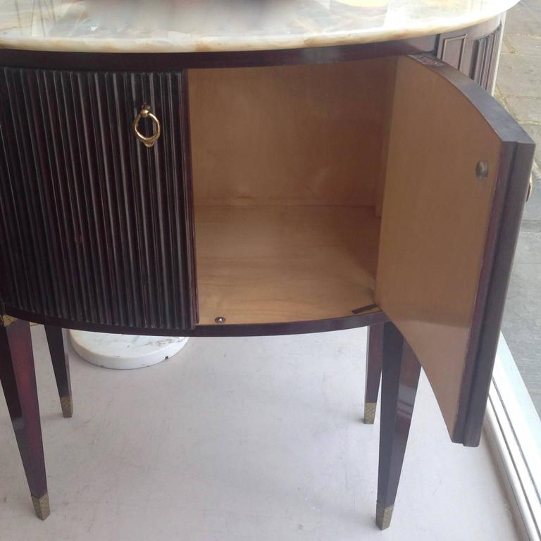 Small 1940s Italian Cabinet Onyx Top and Brass, Attributed to Paolo Buffa For Sale 2