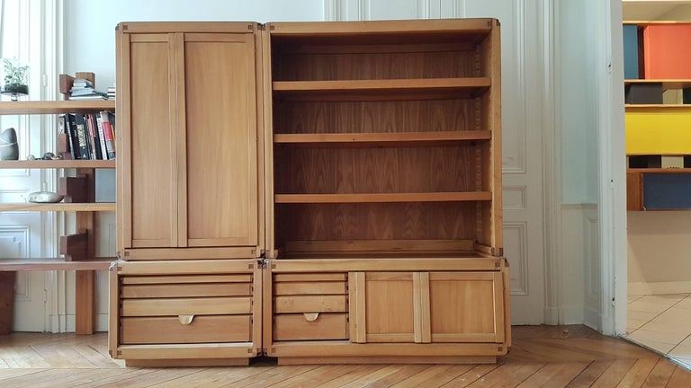 Bookcase Cabinet De Pierre Chapo in French Elm from 1970 For Sale 4