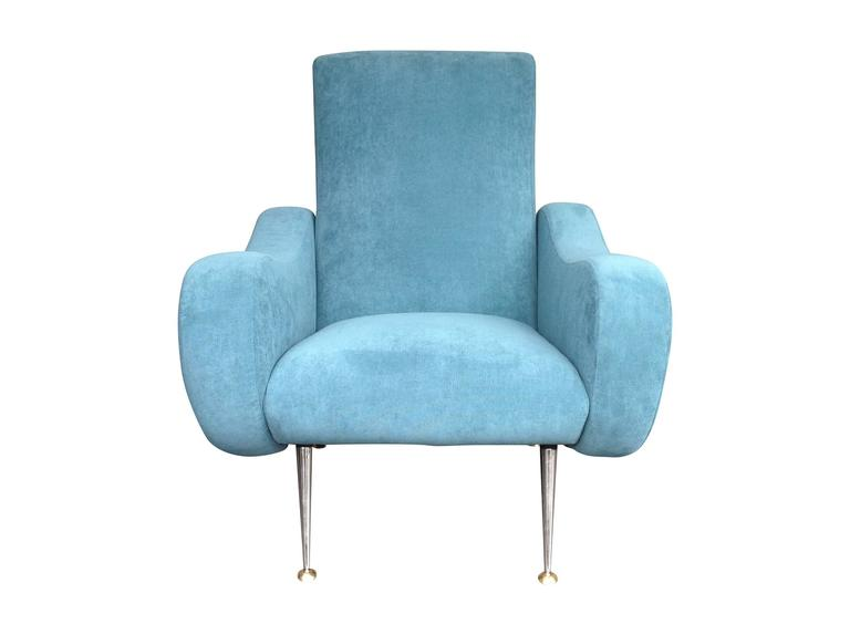 Gio Ponti Style Italian Armchair In Excellent Condition For Sale In London, GB