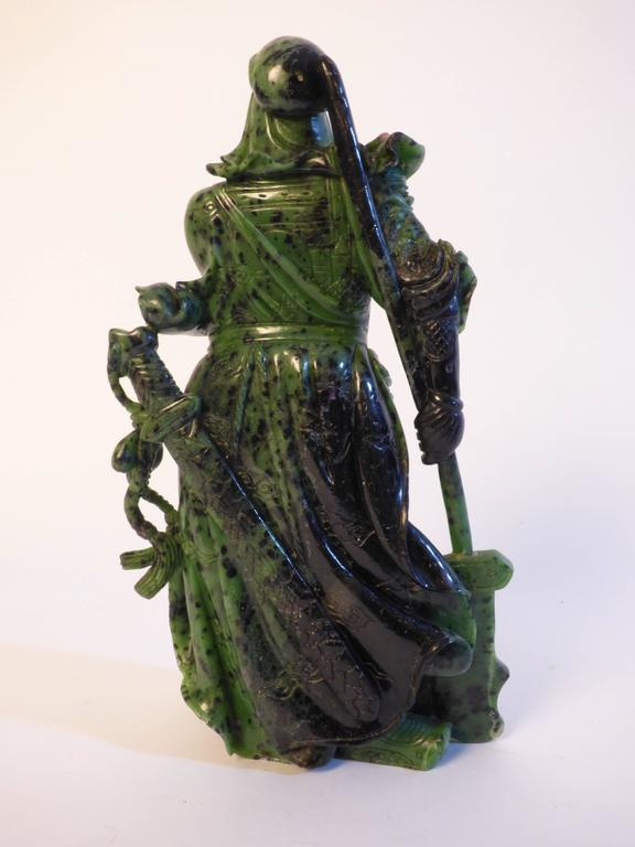 Beautiful Zoisite Sculpture In Excellent Condition For Sale In Milan, Italy