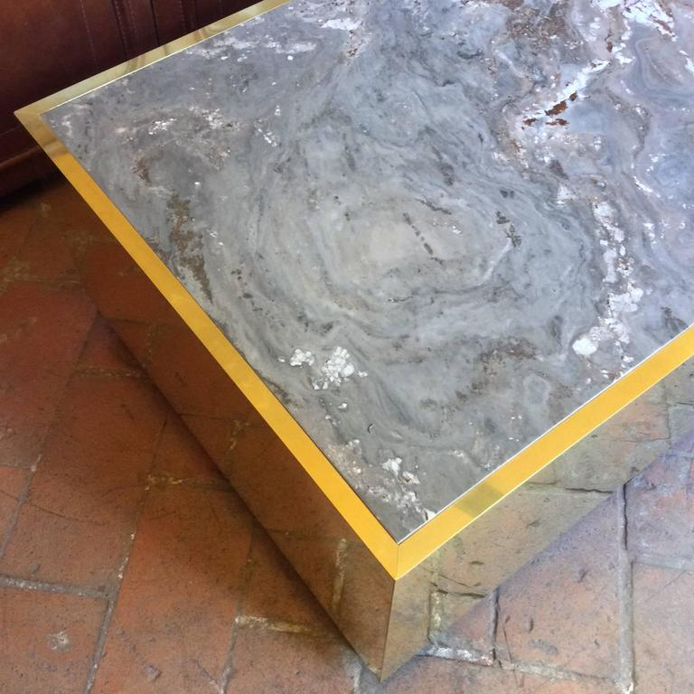 Laminated Nice Mid-Century Modern, Italian Set of Three Coffee Table in Brass and Stone For Sale