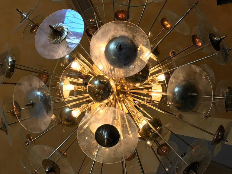 Mid-Century Modern Large Italian Brass & Transparent Glass Sputnik Chandelier For Sale 4