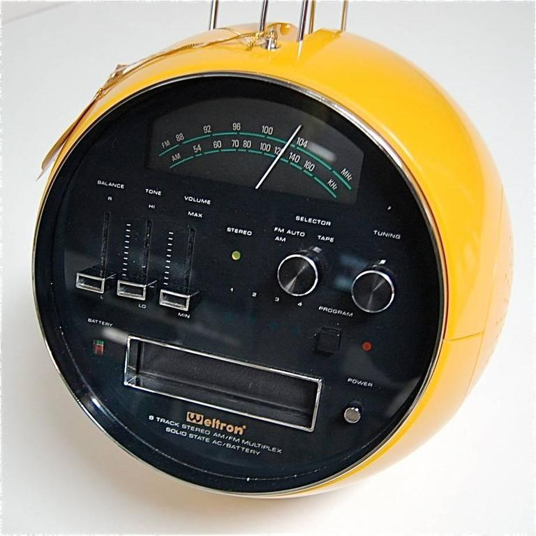 weltron portable radio k7 with speakers circa 1970s in as new condition at 1stdibs. Black Bedroom Furniture Sets. Home Design Ideas