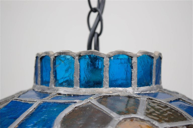 Arts and Crafts Handcrafted Tiffany Style Stained Glass Pendant Lamp, Late 20th Century, Germany For Sale
