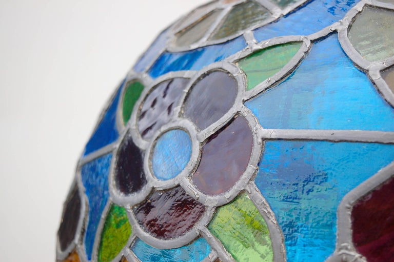 Handcrafted Tiffany Style Stained Glass Pendant Lamp, Late 20th Century, Germany In Good Condition For Sale In Noorderwijk, BE