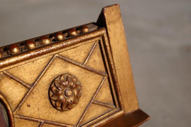 Rare Miniature Replica of Sint Ursula Shrine, Mid-20th Century For Sale 4