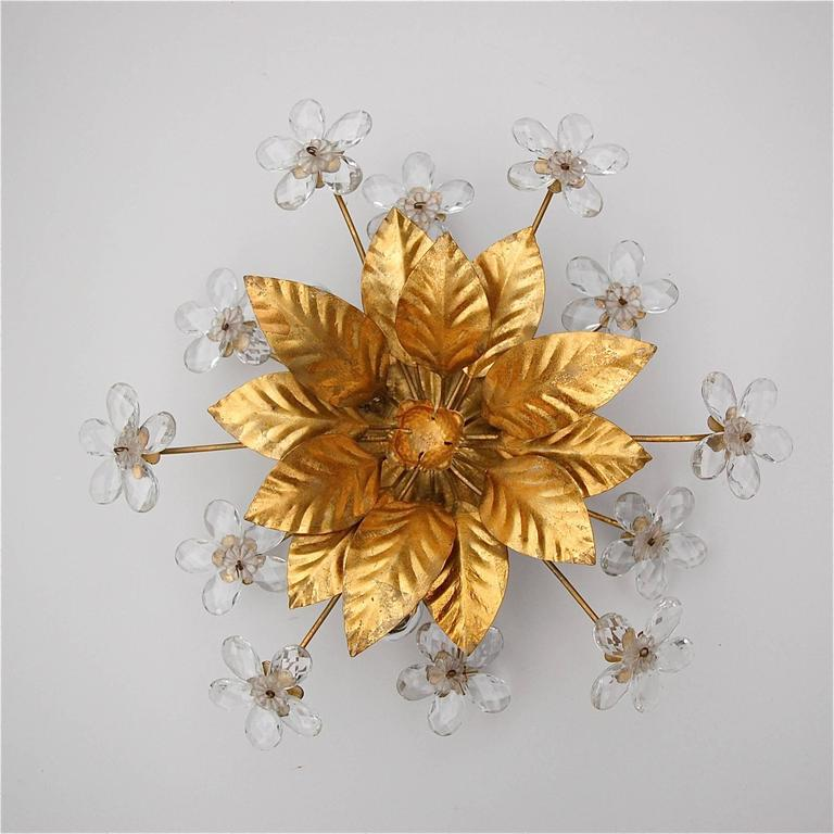 Floral Metal Wall Sconces : Hollywood Regency Style Gold Metal Floral Wall Sconce with Crystal Flowers For Sale at 1stdibs