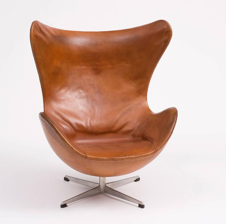 first edition egg chair by arne jacobsen denmark 1959 for sale at 1stdibs. Black Bedroom Furniture Sets. Home Design Ideas