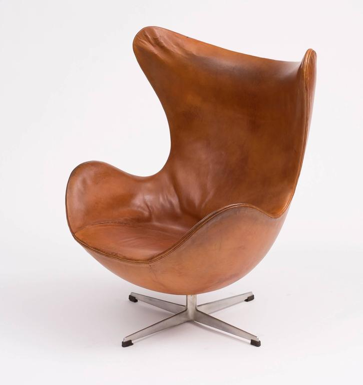 first edition egg chair by arne jacobsen denmark 1959. Black Bedroom Furniture Sets. Home Design Ideas