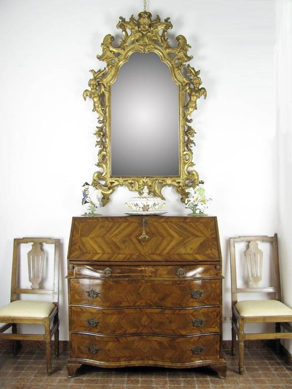 Louis XV Italian Drop Front Bureau from Genoa circa 1770 Walnut Veneered Inlaid  11