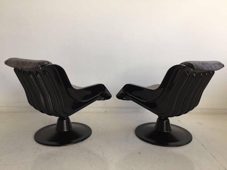 Finnish 1960 Yrjo Kukkapuro Swivel Lounge Chairs, Model 3814-1KF Dark Grey Velvet For Sale