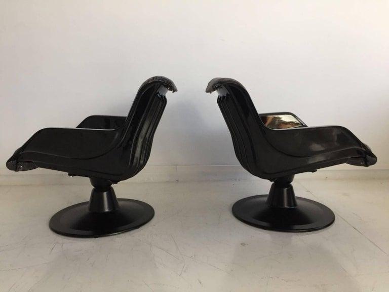 20th Century 1960 Yrjo Kukkapuro Swivel Lounge Chairs, Model 3814-1KF Dark Grey Velvet For Sale