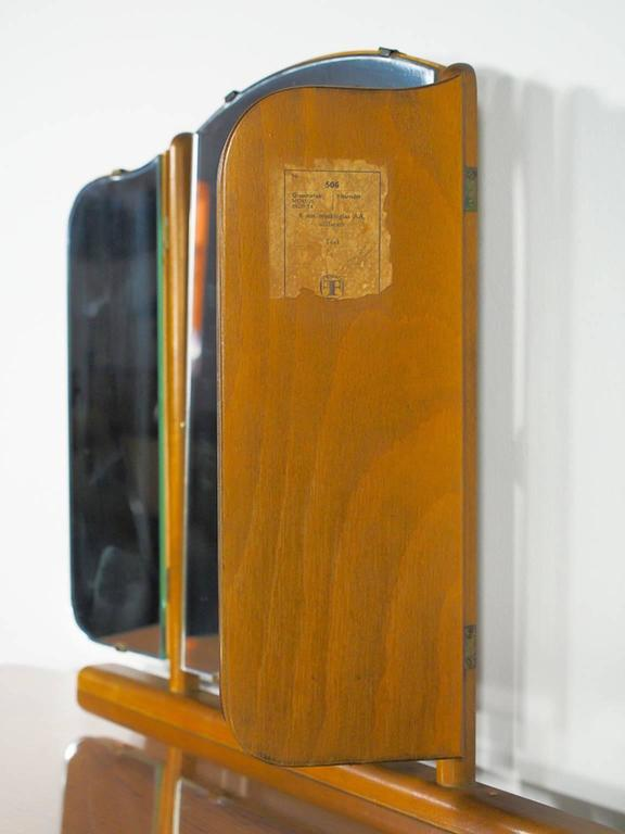 Mid-20th Century Teak Dressing Table with Angled Mirror In Good Condition For Sale In Madrid, ES